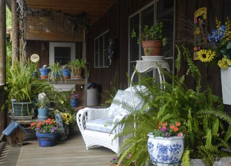 4-mgi-porch