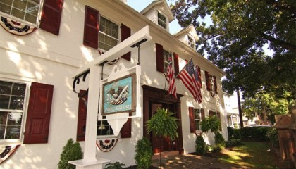 1777 Americana Inn Bed and Breakfast