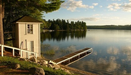 Wolf Cove Inn-Lakeside Inn Maine