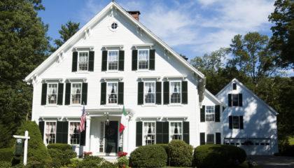 Superlative Camden Maine Bed and Breakfast Inn for Sale