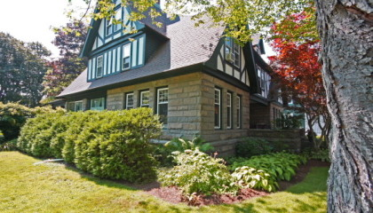 Historic in town Bar Harbor Bed and Breakfast for Sale