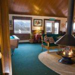 Bromley View Labrador Lounge
