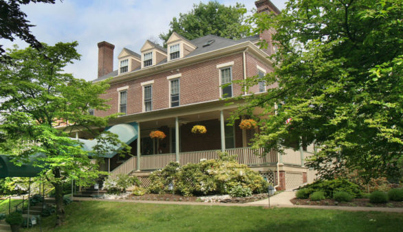 Easton Pennsylvania Inn for Sale
