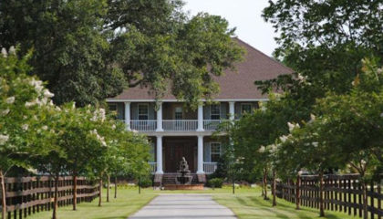Waverly, GA B&B and Wedding Venue Purchased
