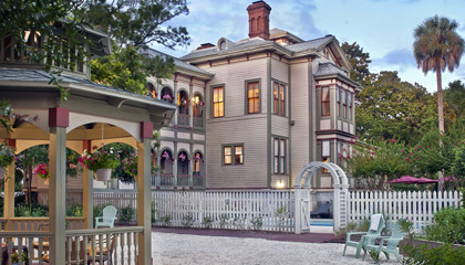 Fernandina Beach Inn for sale