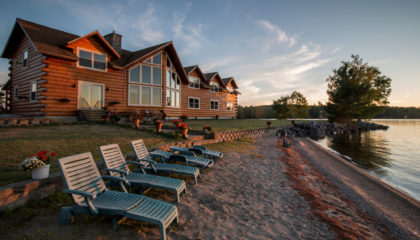 Lakeside Lodge Bed & Breakfast for Sale