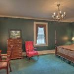 37-James-River-Rd-ScottsvilleCottage-Main-Bedroom