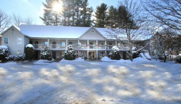 Jack Daniels Motor Inn, New Hampshire Inn for Sale