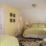 Guest-room-at-Stowe-VT-B&B-for-sale