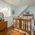 Guest-room-at-Stowe-VT-Inn-for-sale