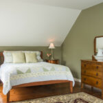Guest-room-at-Vermont-Inn-for-sale