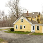 Exterior-of-Jaffrey-New-Hampshire-B&B-for-sale
