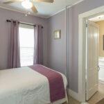 Guest-room-NH-inn
