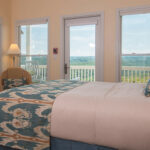 Luxury-guestroom-at-Virginia-Bed-and-Breakfast-for-sale