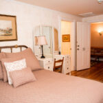 Guest-room-at-Finger-Lakes-Inn-and-Wedding-Venue-for-sale