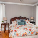 Guest-room-at-Finger-Lakes-Inn-and-restaurant-for-sale